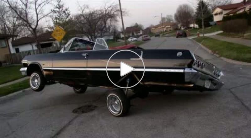 معرض سيارات القديمة